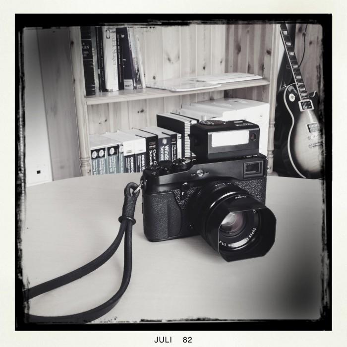 Fujifilm X-Pro1 with EF-X20